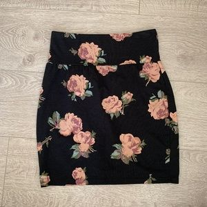 Aritzia Talula Black Pencil Skirt with Pink Roses